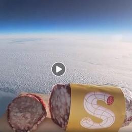 Il «Gagarin» degli insaccati - Video Primo salame vola nello spazio