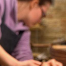 Nembro si trasforma in bottega  Artigiani in piazza insegnano il mestiere