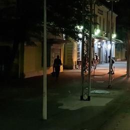 Carrozze al buio e nessuno fa il biglietto In treno di sera sulla Bergamo-Treviglio
