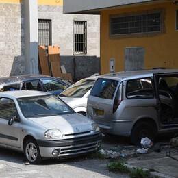 Zingonia, officina abusiva Tre garage sotto sequestro