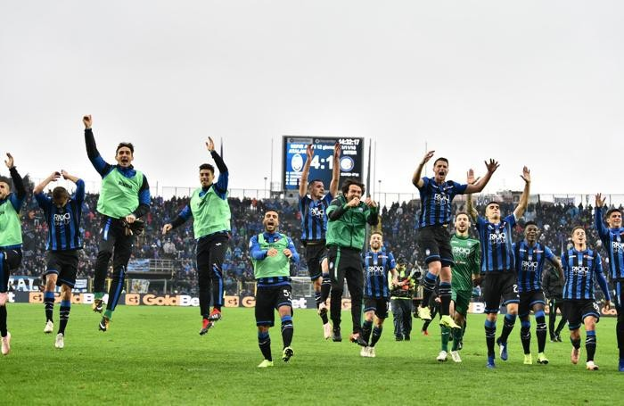 Atalanta's players jubilates