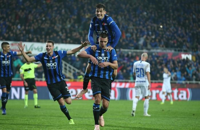 Atalanta's Berat Djimsiti scores the goal 3-1