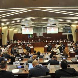 Regione, vitalizi agli ex consiglieri Tagli del 10%, risparmi per 700mila euro