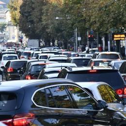 Smog, in arrivo i varchi elettronici  per pizzicare le auto fuorilegge