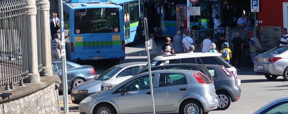 Stazione autobus di Gazzaniga  «Soluzioni solo a indagini chiuse»