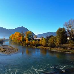 Colori d'autunno sul fiume