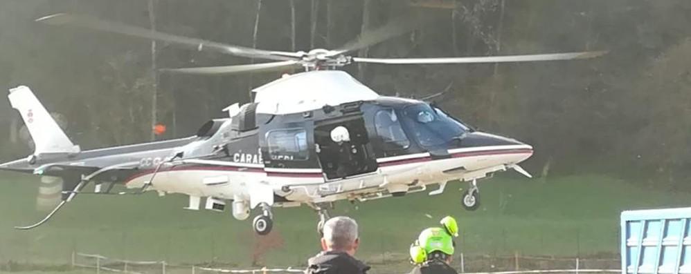 Ricerche anche con l'elicottero per trovare il 62enne scomparso