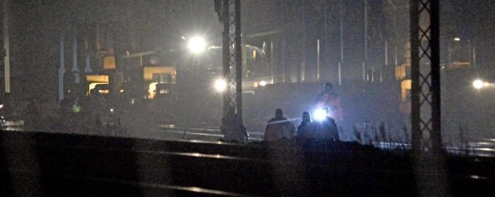 Brescia, travolto e ucciso operaio 35enne Treni, linea riattivata dopo cinque ore