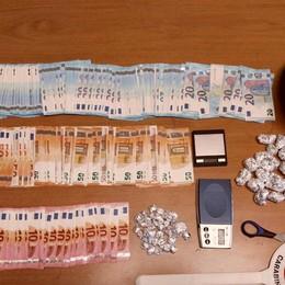 Stezzano, spaccia cocaina in auto Arrestato, aveva con sè 8mila euro