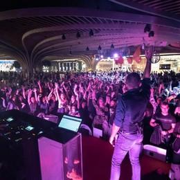Oriocenter festeggia con numeri  record 70mila alla discoteca più grande d'Europa