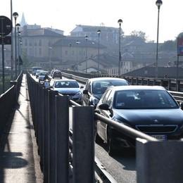 «Serve un nuovo ponte sull'Adda» L'appello di 16 Comuni alla Regione