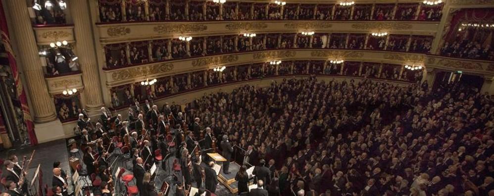 Bufera contro la prima della Scala Cenate:«Scena blasfema da togliere»