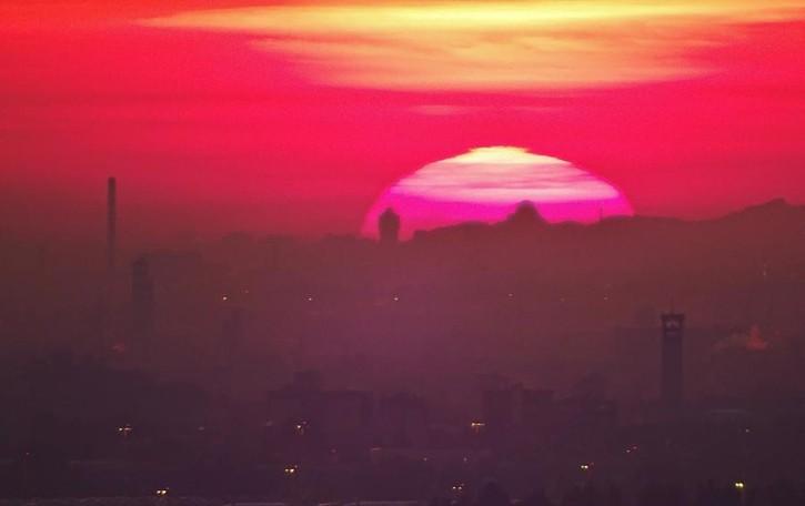 In attesa della nuova perturbazione Godetevi questo tramonto di fuoco -Foto