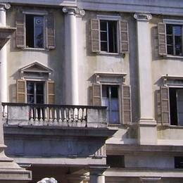 Suolo pubblico, buco di 60 mila euro  Il Comune batte cassa per i dehors