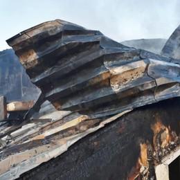 Scoppia un incendio a Cisano Due appartamenti inagibili - Foto