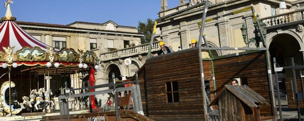 Torna la Capanna de L'Eco di Bergamo Tradizione e solidarietà sul Sentierone
