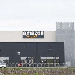 Amazon, lunedì il debutto a Casirate Già al lavoro 100 persone
