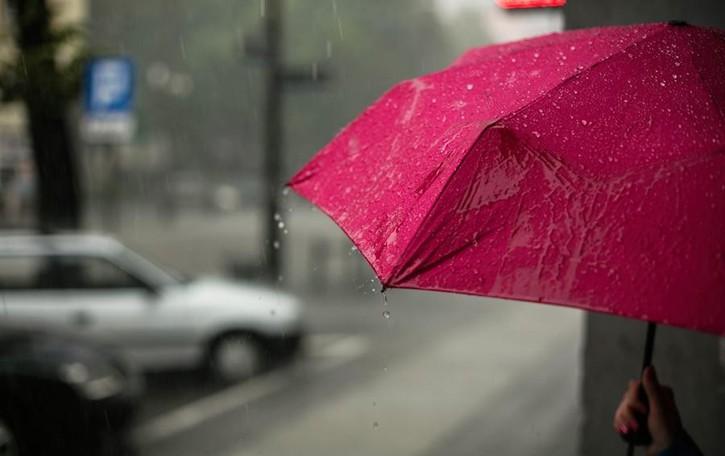 Meteo, ancora pioggia e maltempo Tregua per l'estate di San Martino
