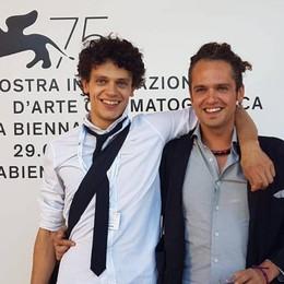 Paolo, da Leffe a Berlino «Sogno un film con mio fratello»