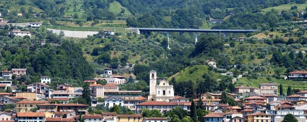 Valle camonica, ponte vietato ai tir  Disagi per i trasporti verso Brescia