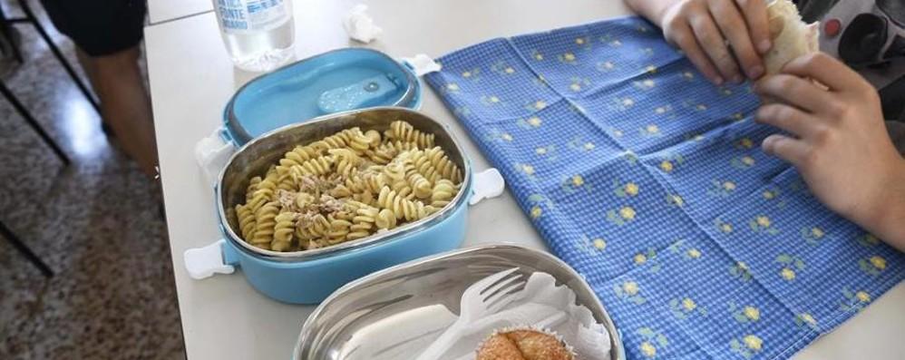 Alunni «separati» alla mensa Nessun dietrofront a Cenate Sotto