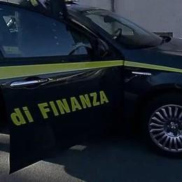 Maxi frode fiscale con i modelli F24 Sequestrati immobili e auto di lusso