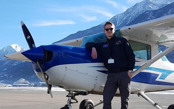 Nicolò, pilota a 21 anni «Lo sogno da sempre»