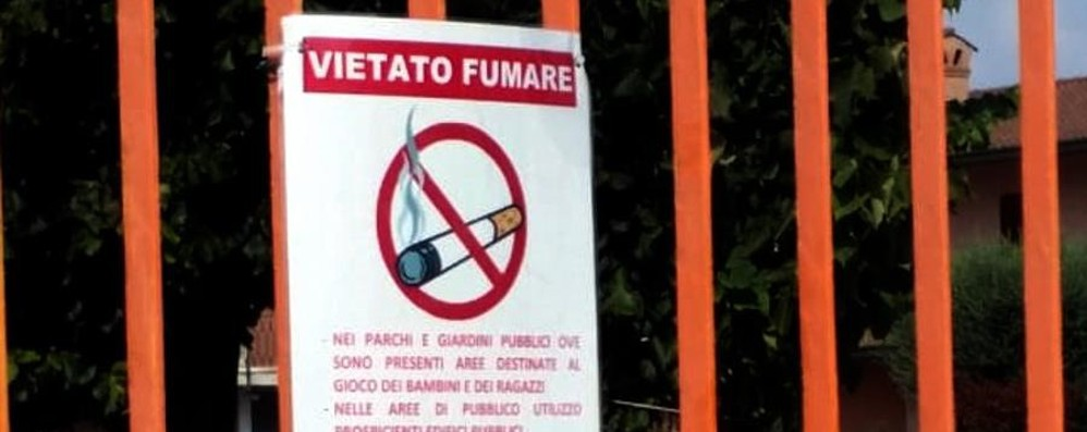 Niente sigarette nei parchi pubblici «Così tuteliamo la salute dei bimbi»