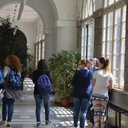 Gli studenti di Clusone in gita a Strasburgo «Andavano ai mercatini, stanno bene»