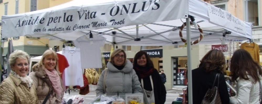 Regali Di Natale Onlus.I Regali Di Natale Che Fanno Bene Cronaca Bergamo