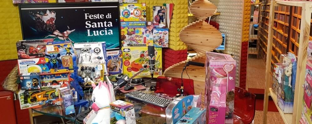 Santa Lucia a Colazione con Radio Alta Il 13 mattina in regalo tanti giocattoli