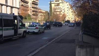 Bergamo, incidente auto moto in via Verdi