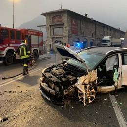 Villa d'Almè, incidente tra auto e tir Traffico bloccato da e per la Val Brembana
