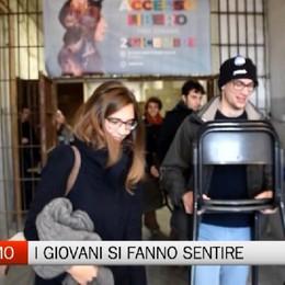 Bergamo - Accesso libero: i giovani si fanno sentire