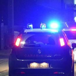Festa di compleanno in discoteca Arrivano i carabinieri: sigilli al locale