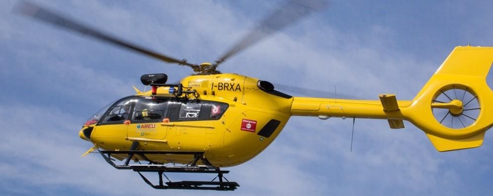 Bambino di un anno ferito a Capizzone Elicottero lo trasporta al Papa Giovanni