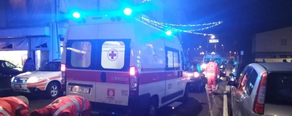 Padre e figlia investiti sulle strisce Ambulanze e automedica a Urgnano