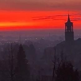 L'alba del solstizio d'inverno Le vostre foto bellissime