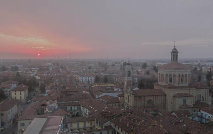 Bergamo, l'inquinamento scende Revocate le limitazioni al traffico