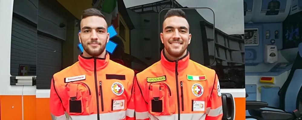 Luca e Marco, i gemelli dell'ambulanza «Passione e voglia di fare qualcosa per gli altri»