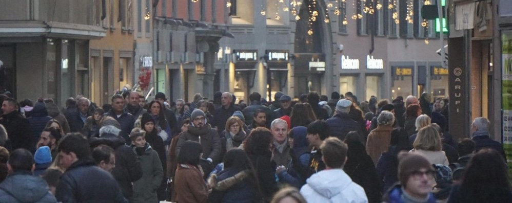 Effetto feste tra regali e viaggi A Bergamo giro d'affari da 750 milioni