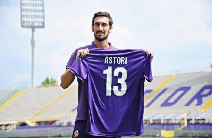 Fiorentina's new defender Davide Astori presented to the press, Florence, 11 August 2015. ANSA/MAURIZIO DEGL'INNOCENTI