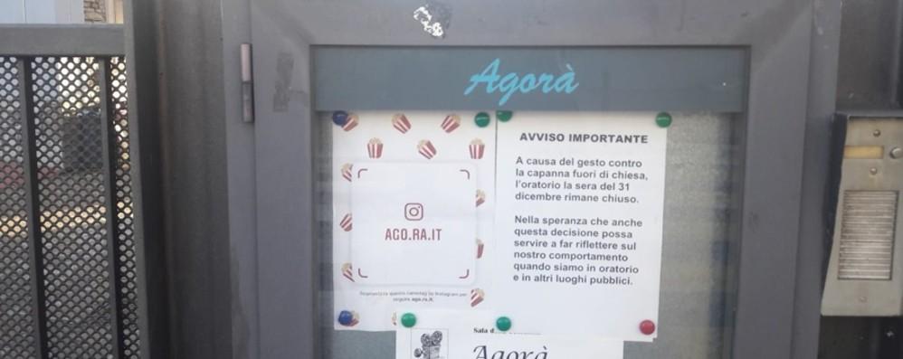 Petosino, atto vandalico al presepe «Oratorio chiuso la notte di Capodanno»