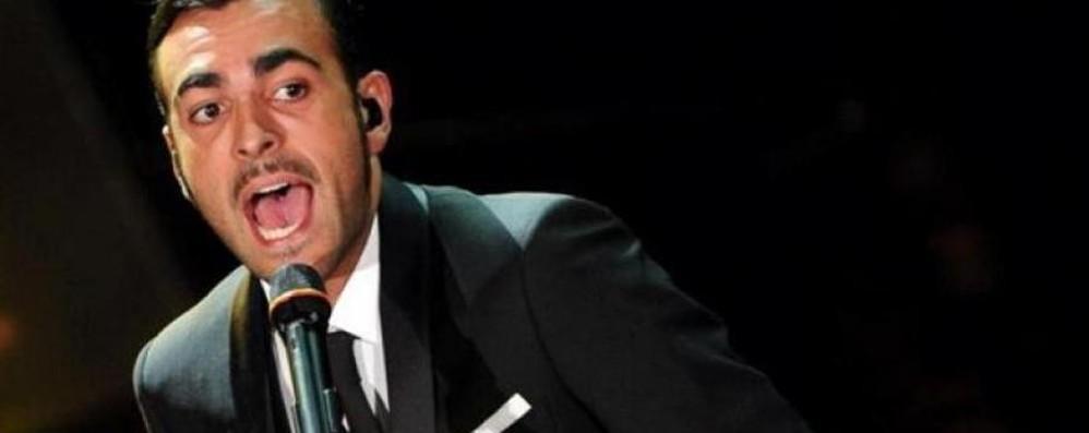Marco Mengoni incontra i fan Il nuovo album a Oriocenter