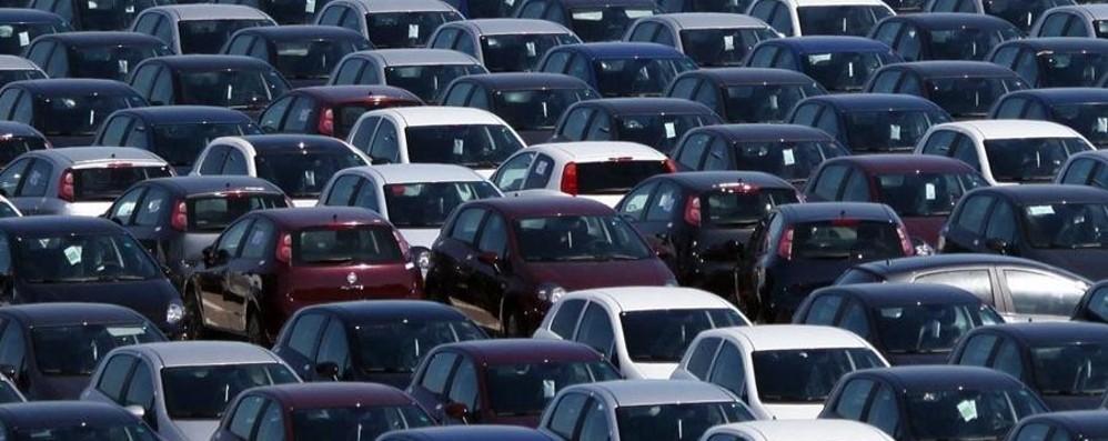 Ecotassa sulle auto: minimo 150 euro La maggioranza approva, poi ci ripensa
