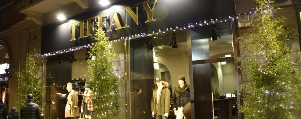 Furto griffato da Tiffany in centro Bottino ingente in soli 10 minuti
