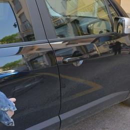 «Ha danneggiato la nostra auto» Anziano raggirato, via 140 euro