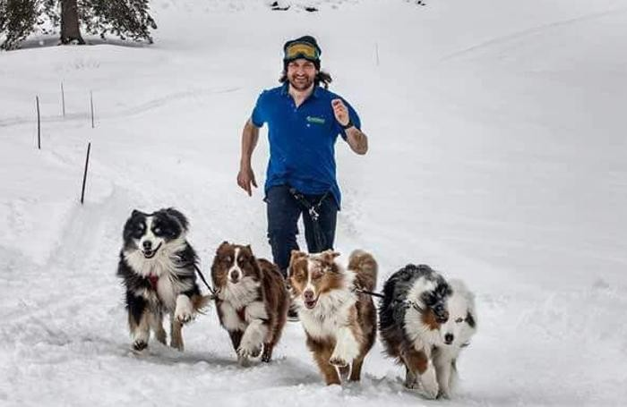 Stefano Viganò con i suoi amati cani