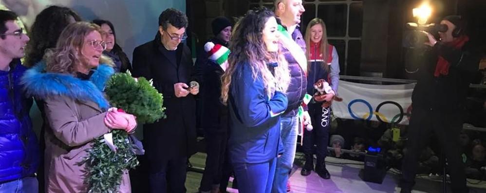 Alzano, c'è Michela e si scatena la festa In mille per celebrare l'oro olimpico -Foto
