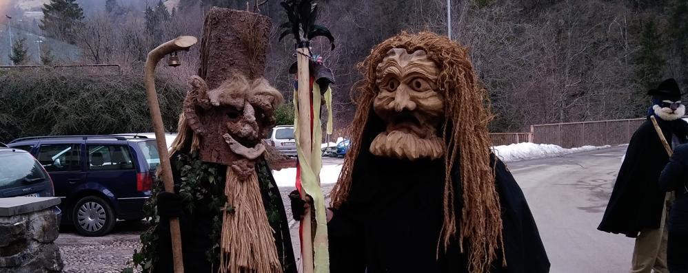 Valtorta, tra «furchetì» e balli folk Il Carnevale «montano» che incanta